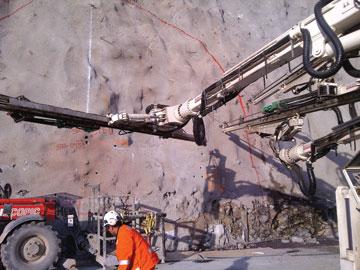 3l-El-Teniente Tunnel drilling
