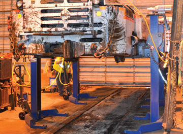 Low-clearance Lifting System for Mine Locos