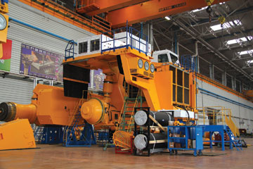 6-The-new-workshop-where-the-BelAZ-75710-will-be-produced-2