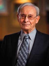 Dr. Roger Wallis