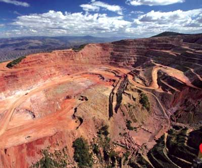 Goldcorp's Los Filos mine in Mexico is a combined open pit-underground operation that employs more than 2,600 people.