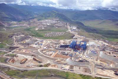 Aerial view of the Las Bambas project site in Peru. Startup is targeted for 2015, with full copper production at the 140,000-mt/d mine and mill scheduled to begin in 2017. (Photo courtesy of MMG and Glencore Xstrata)