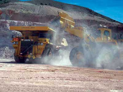 Results of a recent study outline a two-phase expansion plan for Allied Nevada's Hycroft gold mine that would require a larger loading and haulage fleet, and ultimately would boost mill capacity to 120,000 st/d.