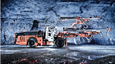 The twin-boom DD422i, one of Sandvik's Next Generation mining jumbos, is equipped with 25-kW RD525 hydraulic drills.