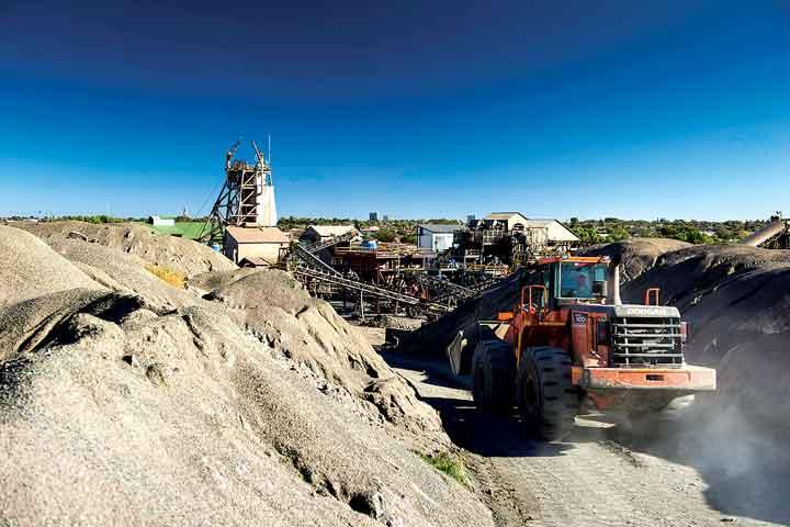 Reprocessing tailings from the Kimberley underground diamond mine. (Photo: Petra Diamonds)