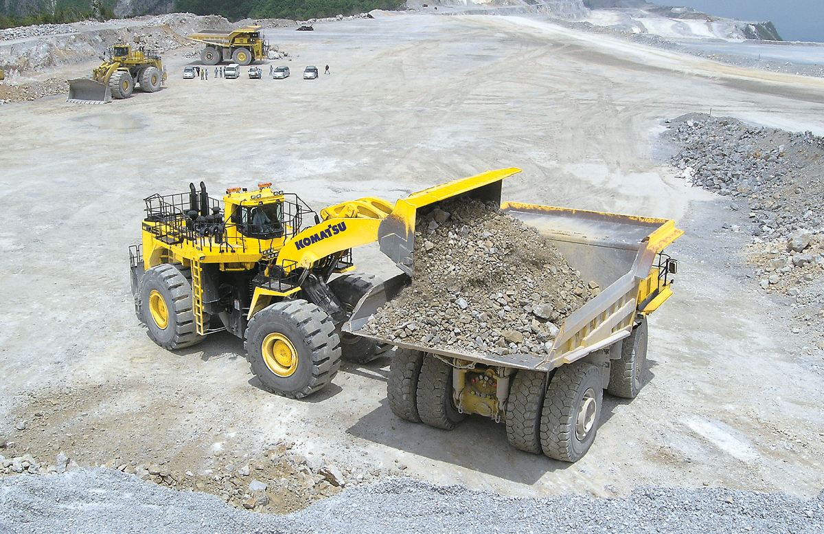 Komatsu's WA1200-6 wheel loader can be fitted with 18-35 m3 buckets, with an optional high-lift boom for working with 240- and 320-st haulers.