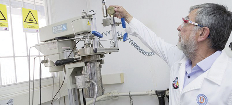 Dr. Gerardo Fuentes, pictured here, will lead a Chilean research project to investigate and develop new approaches to zinc concentrate roasting technology, with an ultimate goal of 'zero discharge to the atmosphere.'