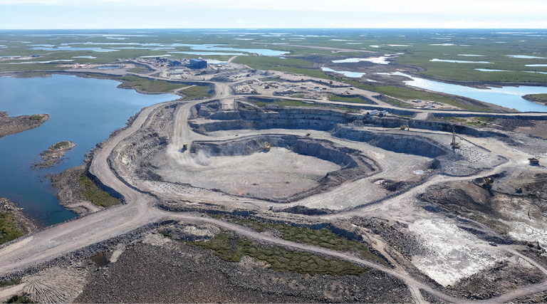 The C$1-billion Gahcho Kué mine began processing ore in March; the owners, De Beers and Mountain Province Diamonds, recently reported recovery of two gem-quality diamonds during the commissioning phase: A 12.10-carat diamond was recovered on July 29, and a 24.65-carat diamond on August 1. Photo: De Beers Group)