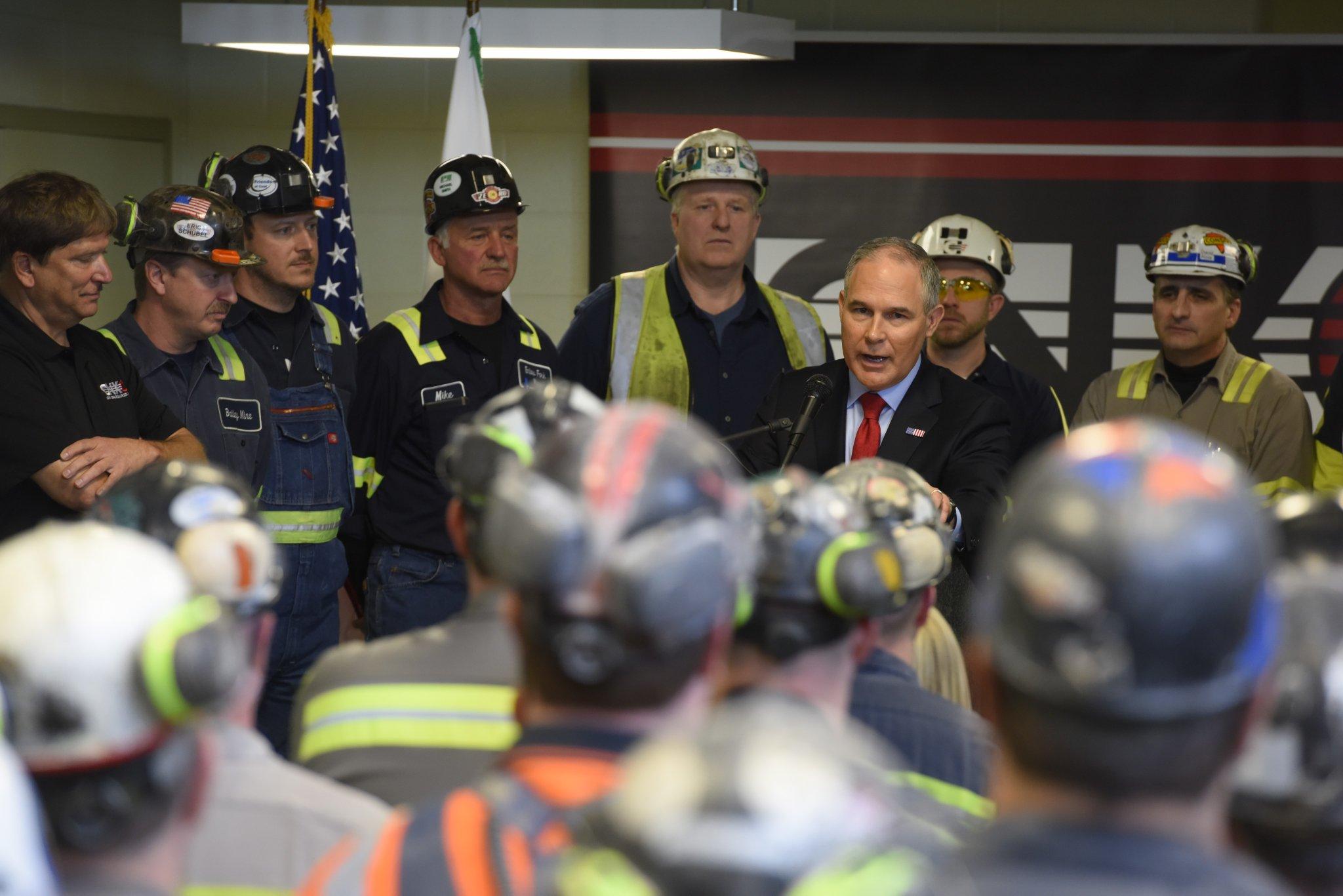 Pruitt Speaks at Harvey mine (1).jpg